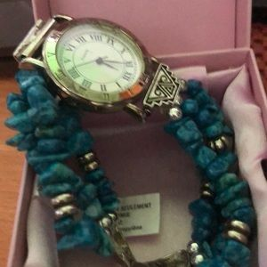 Turquoise watch like new.